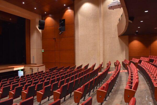 Reconstrucción-mobiliario-teatro-bicentenario-tunja